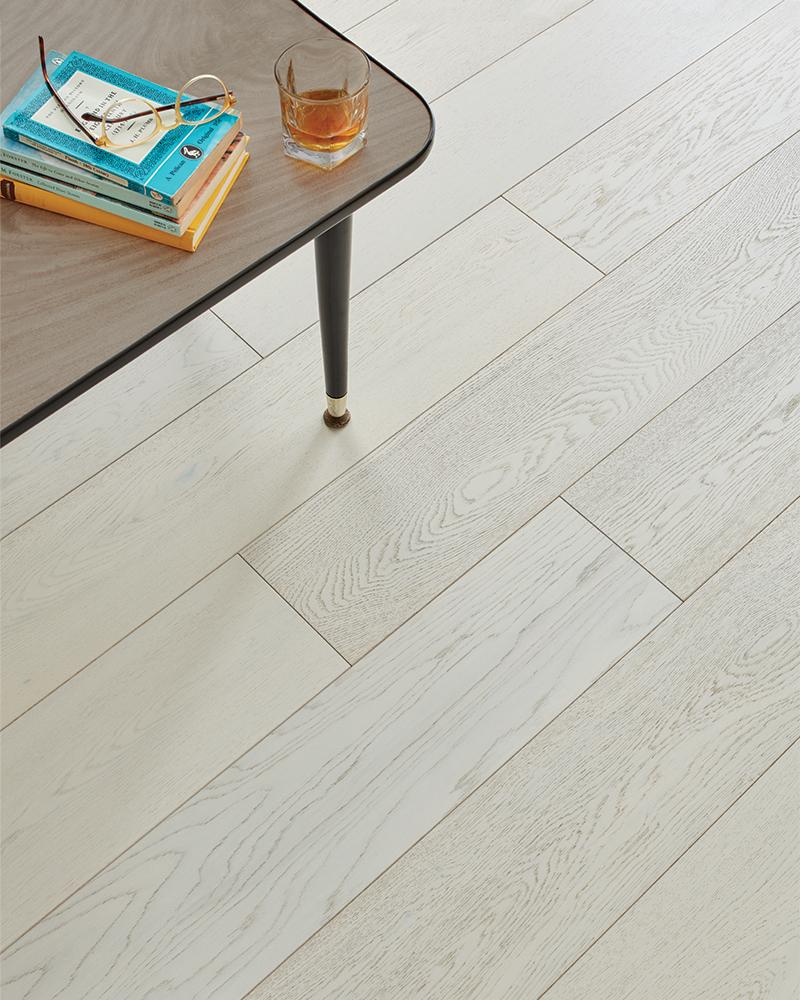 Woodpecker Salcombe Chalked Oak<div style='clear:both;width:100%;height:0px;'></div><span class='cat'>Woodpecker Wooden Flooring</span>