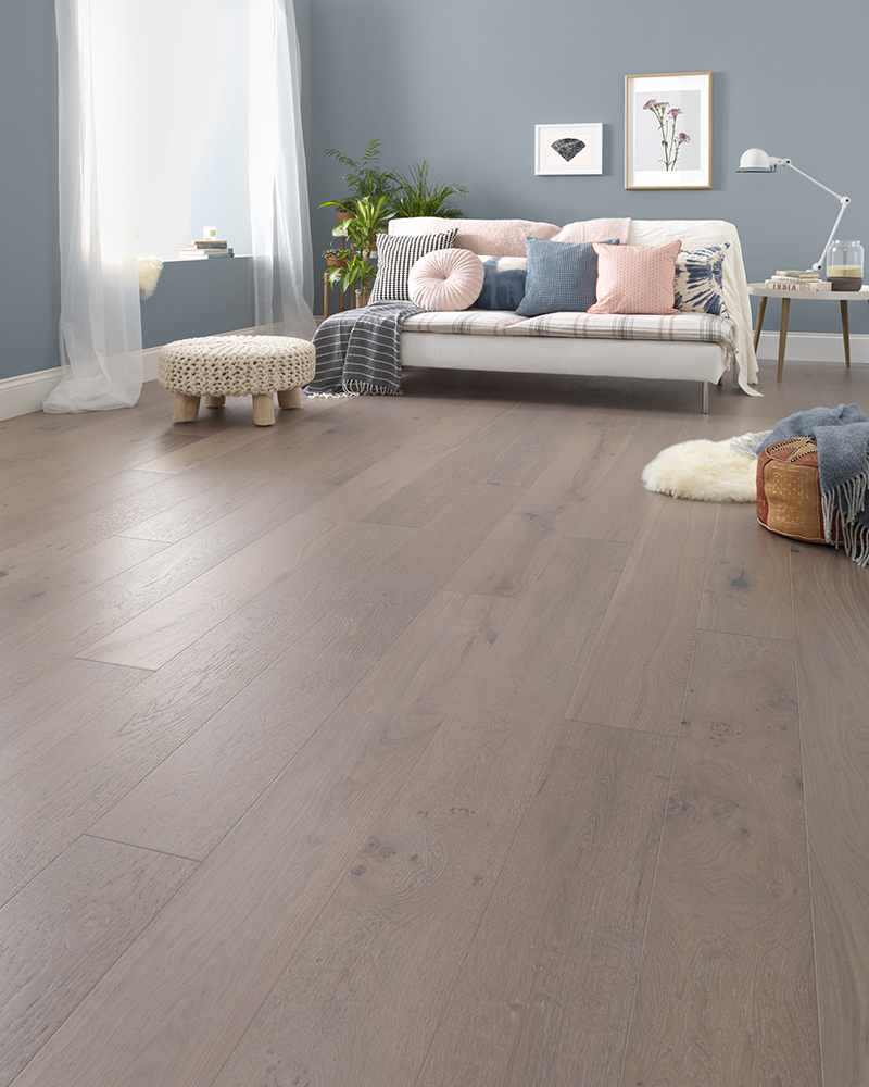 Woodpecker Salcombe Moonbeam Oak<div style='clear:both;width:100%;height:0px;'></div><span class='cat'>Woodpecker Wooden Flooring</span>
