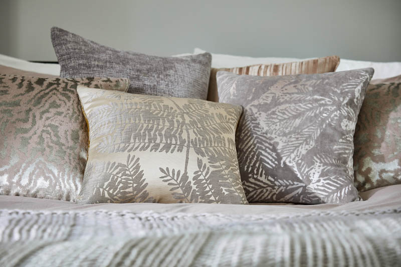 Harlequin_2017_Lucero cushions_26_ER<div style='clear:both;width:100%;height:0px;'></div><span class='cat'>Harlequin</span>