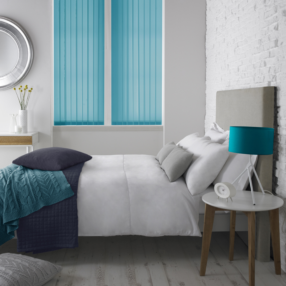 Vertical DQ Palette Kingfisher Bedroom <div style='clear:both;width:100%;height:0px;'></div><span class='cat'>Vertical Blinds, Blinds</span>
