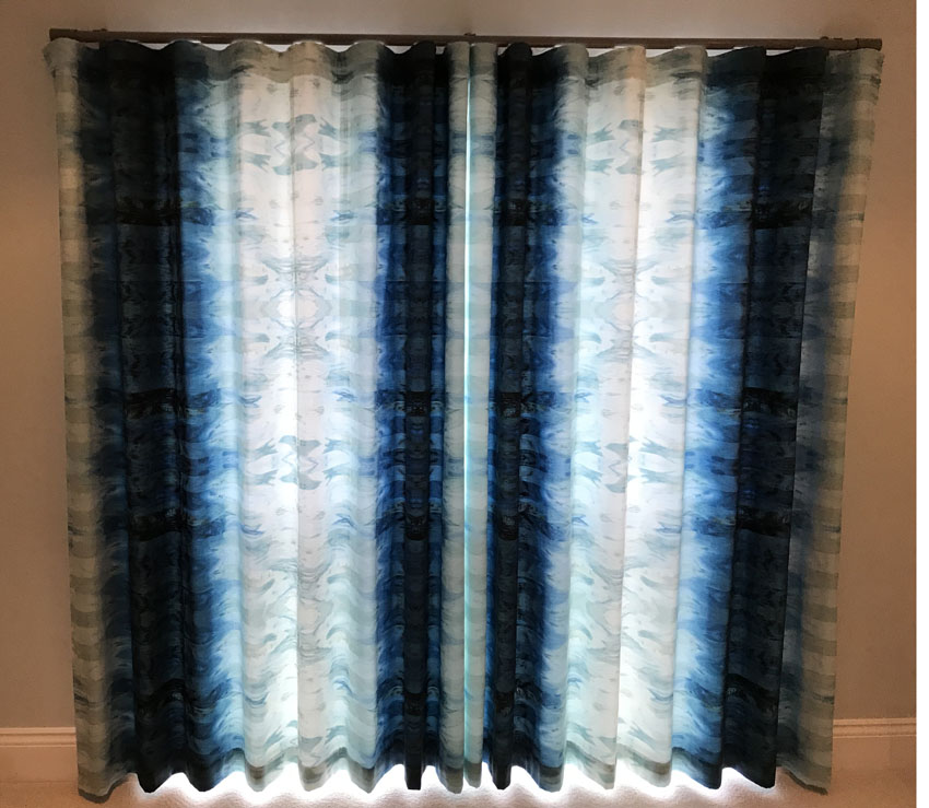 Wave curtains in Casamance fabric<div style='clear:both;width:100%;height:0px;'></div><span class='cat'>Previous Projects, Curtains Pelmets</span>