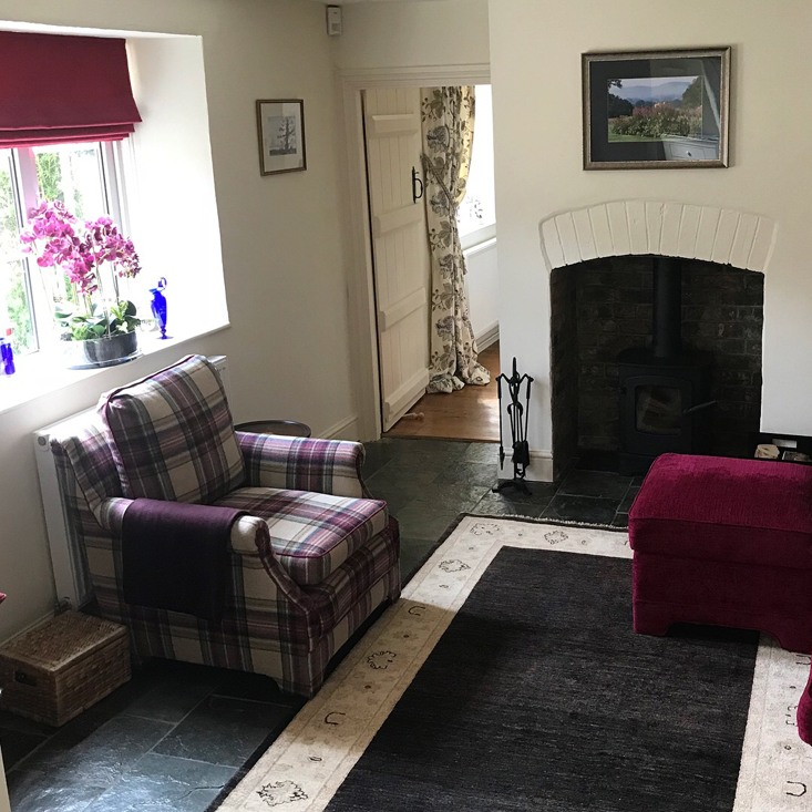Previous Projects - upholstery, blinds & cushions  <div style='clear:both;width:100%;height:0px;'></div><span class='cat'>Previous Projects</span>